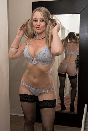 OnlyCougars.com